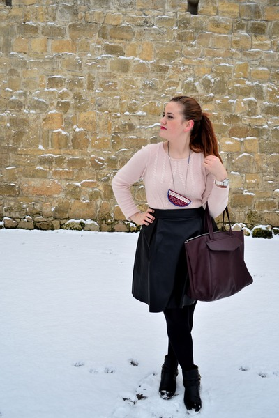 light pink Orsay sweater - biker H&M boots - crimson Zara bag