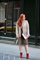 forest green CAKO skirt - coral Deichmann boots - beige Beango blazer