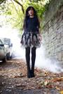 Black-blue-vanilla-dress