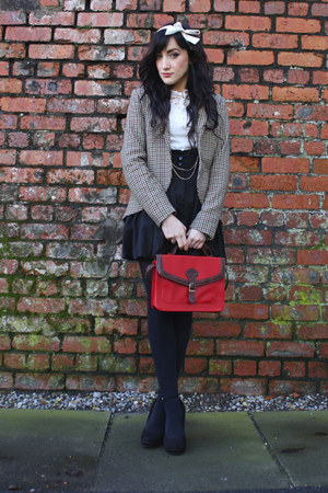 red red satchel bag vintage bag - camel tweed blazer H&M blazer