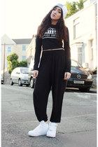 black H&M pants - white thrifted hat - black H&M top - white nike sneakers