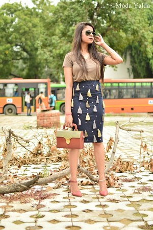 navy Self Made skirt - army green Forever 21 top - crimson Forever 21 heels