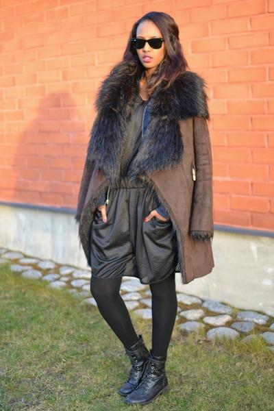 Zara coat - Bianco boots - Monki romper