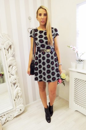 leather Zara boots - tea dress new look dress - Urban Outfitters bag