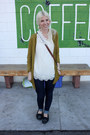 Levis-jeans-rubbish-cardigan-threadcase-blouse-minnetonkas-flats