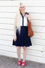 Navy-lace-dress-vintage-dress-brown-leather-madewell-bag-red-blowfish-wedges