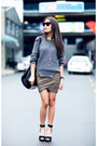 Heather-gray-skirt