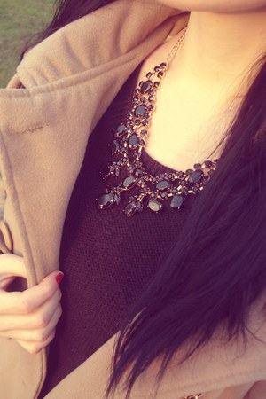 Tally Weijl necklace - Zara coat