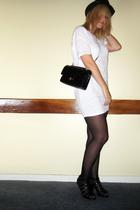 Primark hat - Bershka t-shirt - Chanel lambskin 255 accessories - Primark tights