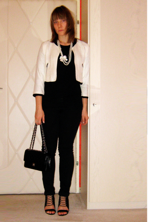 beige cropped H&M jacket - black wedges Aldo shoes - black Pimkie pants