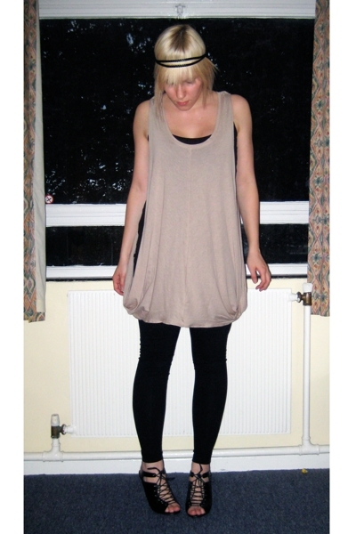 Newlook dress - dont know leggings - asos shoes - some market accessories