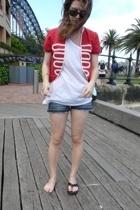 vest - H&M Trend Men t-shirt - H&M shorts