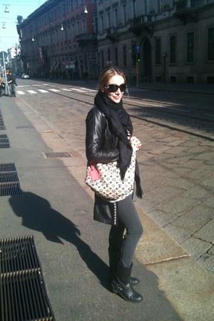 unknown brand boots - Max Azria leggings - Louis Vuitton scarf - Louis Vuitton b