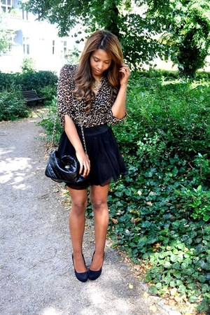 black Primark bag - black H&M skirt - black Steve Madden heels - camel H&M top -