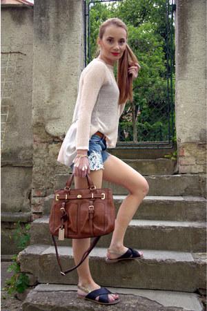 brown leather Sisley bag - blue denim Calliope shorts
