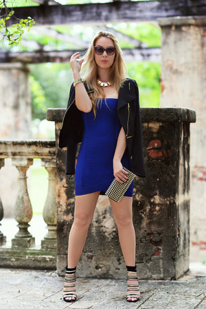 Hot Miami Styles dress - Stella McCartney sunglasses