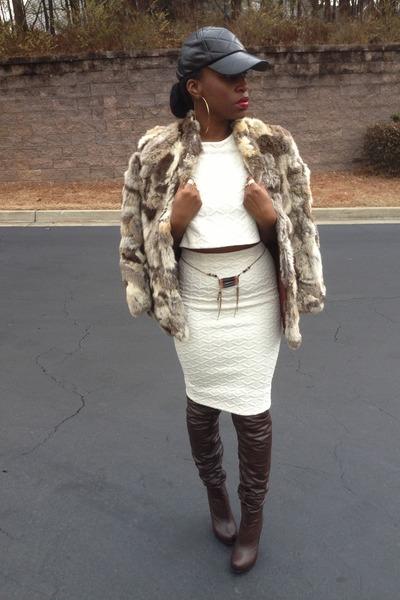 beige shop chic pantry skirt - tan fox fur vintage coat - black asos hat