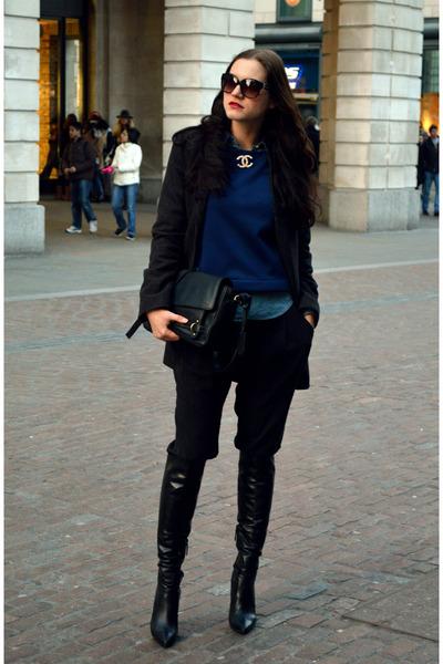 black overknee Kurt Geiger boots - Mango coat