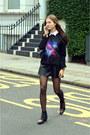 Black-studded-suede-chloe-boots-black-shoulder-boy-chanel-bag
