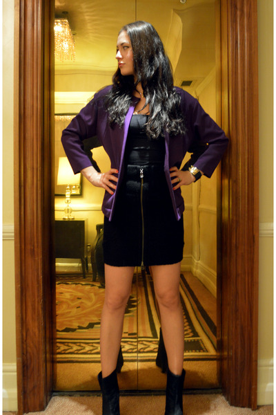 black wedge Zara boots - deep purple oversized H&M Trend jacket