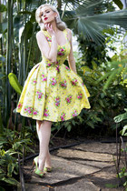 light yellow floral Pigtails & Pirates dress - ivory veiled hat hat