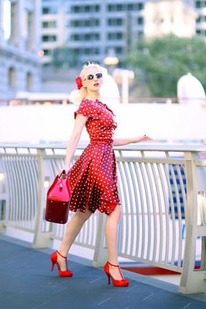 red t-strap unique vintage shoes - red polka dot unique vintage dress