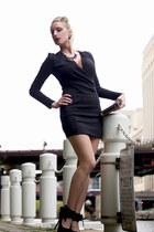 black lbd luluscom dress - black luluscom blazer - purple luluscom accessories