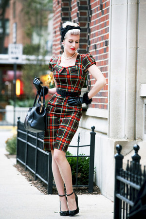 red tartan voodoo vixen dress - black vintage scarf - black leather old bag