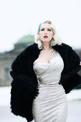 Silver-pencil-stop-staring-dress-black-faux-fur-amazon-scarf