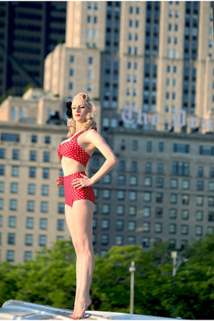 red polka dot Red Dolly Swimwear swimwear - black Parasol accessories