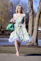 aquamarine floral print Lady Vintage dress - white lace Flirty Lingerie gloves
