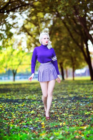 deep purple vintage skirt - brown Royal Vintage shoes