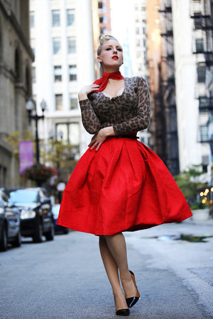 red nylon vintage scarf - dark brown animal print old sweater