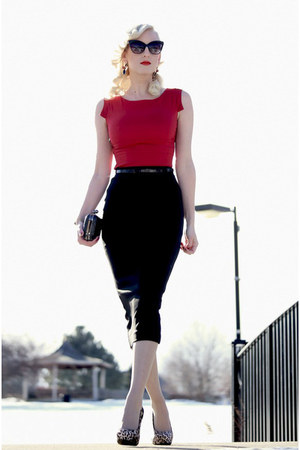 black clutch OASAP bag - ruby red worn as a shirt OASAP dress