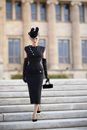 black bespoke Atelier Jensen dress - black bespoke Milli Starr hat