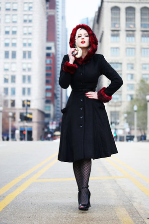 black faux fur collectif coat - black fishnet Kixies stockings