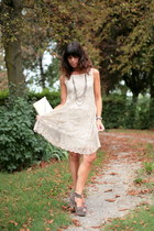 dark khaki silk shoes - eggshell lace ChiccaStyle dress - ivory vintage bag
