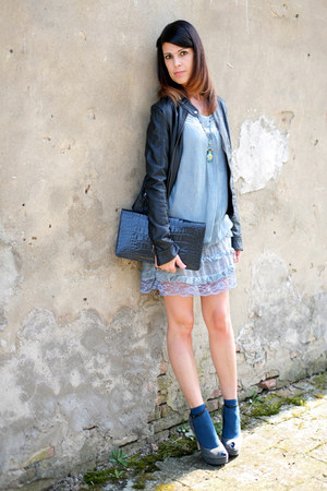 sky blue cotton and lace ChiccaStyle dress - black leather no brand jacket - bla
