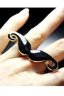 Metal-moustache-ring