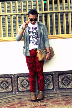TUK pants - So FAB boots - SM Dept Store shirt - vintage bag - gitti cardigan
