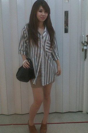 local brand Pure shirt - MNG bag - Local brand in siam shoes - Sister magarita s