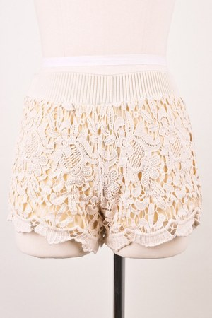 ivory lace Chicwish shorts