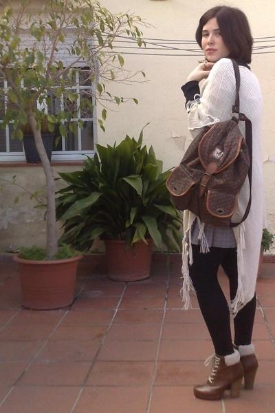 brown vintage purse - brown H&M shoes - beige vintage jacket