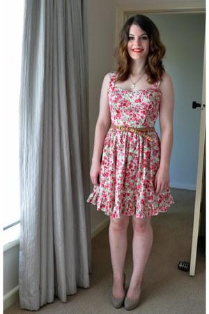 hot pink cotton asos dress - beige patent leather peeptoe heels