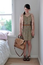 light brown leather Witchery shoes - olive green cotton modcloth dress - neutral