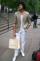 Gap blazer - GapRED t-shirt - H&M jeans - versace shoes