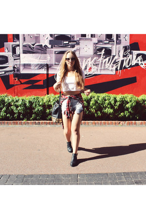 Vallygirl bag - betts boots - Vallygirl shorts - cheap sunglasses - SUPRÉ top