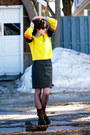 Dark-brown-doc-martens-boots-yellow-ski-vintage-sweater