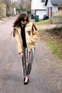 Tan-leather-fringed-vintage-jacket-beige-striped-ann-taylor-pants