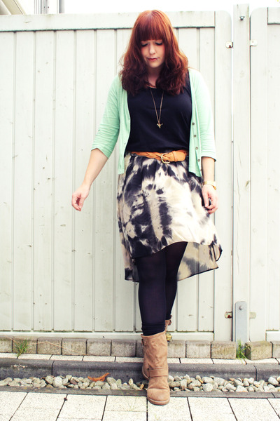 gray Promod skirt - light brown Deichmann boots - aquamarine Primark cardigan